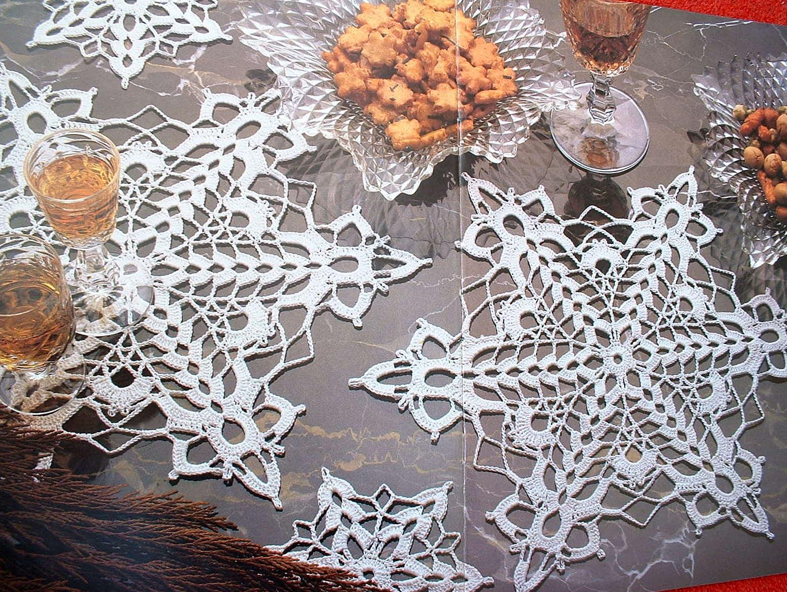 Snowflake Doilies (TSLC)