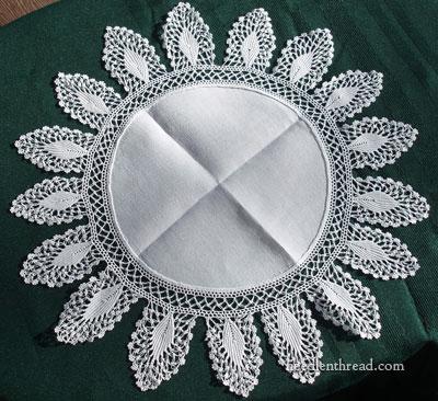 linen-doily-crochet-edge-01